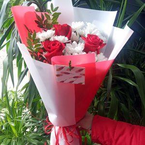 Букет розы и хризантемы Покровск