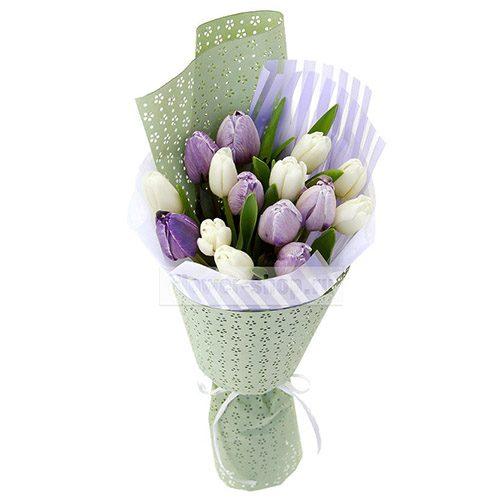 Фото товара 15 бело-фиолетовых тюльпанов в Покровске